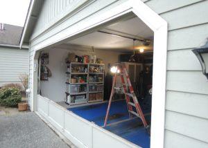 Garage Door Bent Panel Repair In Hamtramck MI By Elite® Garage Door, Repair & Installation Services